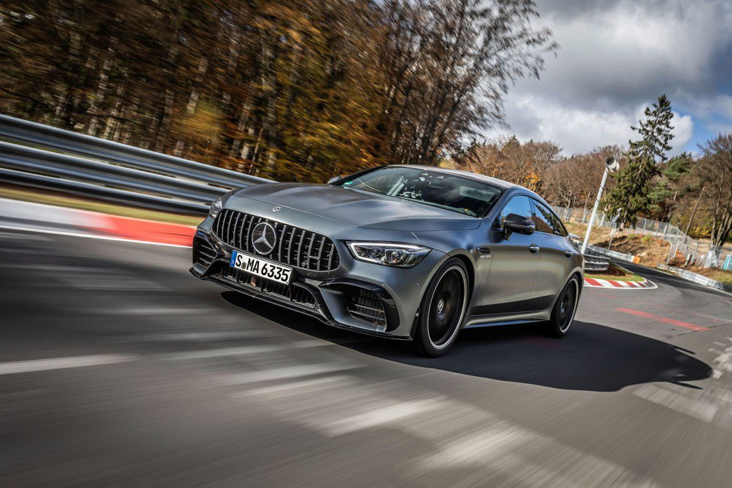 Mercedes-AMG GT 63 S 4MATIC+再度重回紐柏林最速四門房...