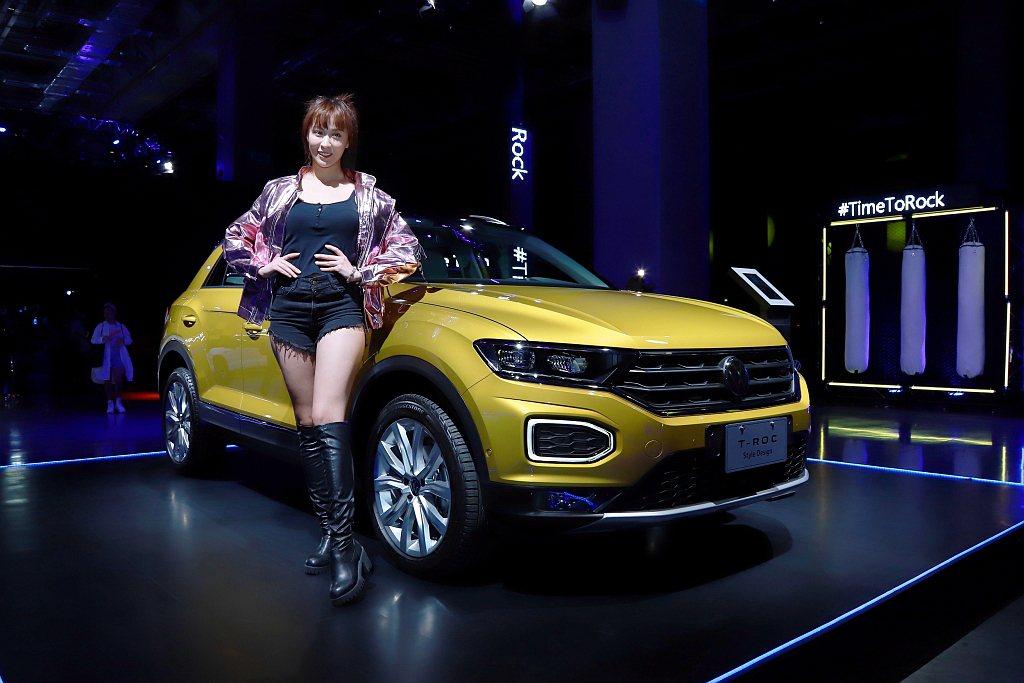 台灣福斯汽車特別推出上市限時優惠方案,12月31日前入主T-Roc 280 TS...