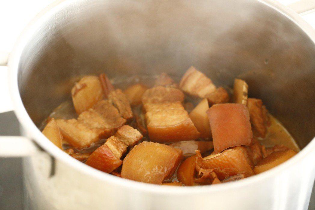 蘿蔔魚乾燒肉。圖/今周刊出版社 提供