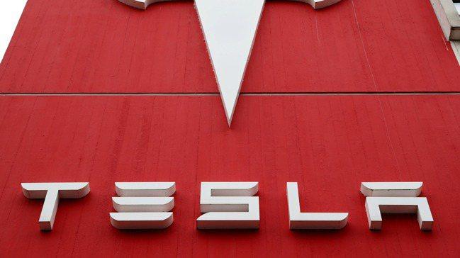 特斯拉(Tesla)將在12月納為標普500成分股。圖/路透