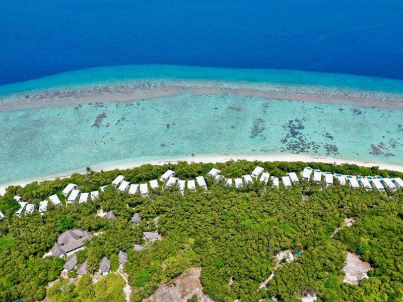 馬爾地夫維京島求售,島上有度假村,其中35間是海景別墅,其中9間海景房有獨立游泳池,還有100間是兩層式。圖/取自私人島公司PRIVATE ISLANDS INC.網站