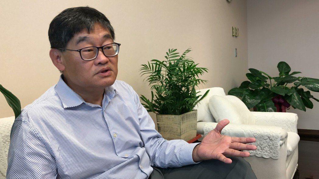 華視總經理莊豐嘉積極爭取進駐52頻道。本報資料照