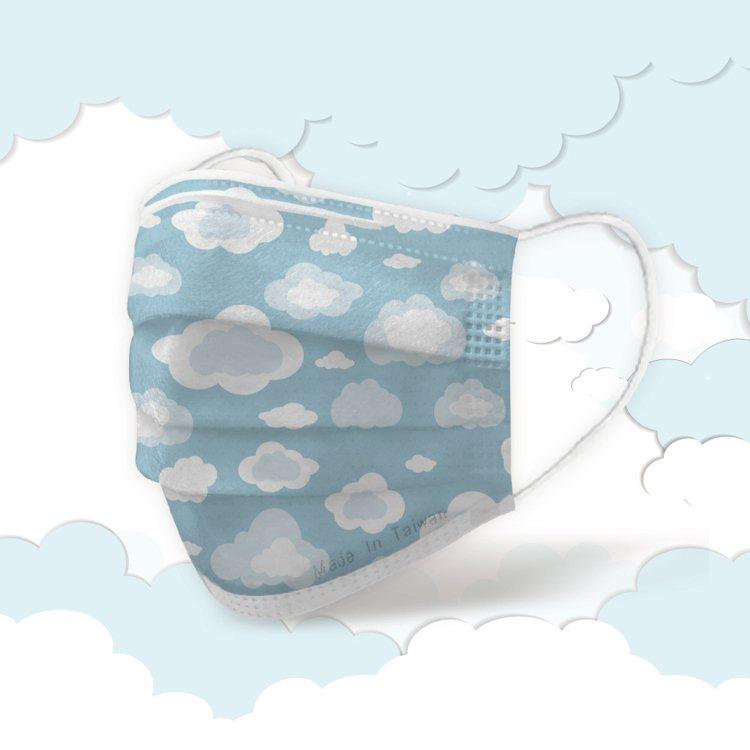 POYA寶雅獨家限定「MIT許願口罩」-雲朵朵款,50入盒裝售價399元,限量售...