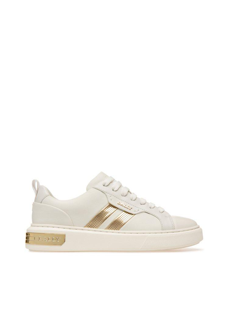 BALLY Lift系列白色羊皮金色白邊休閒鞋,18,780元。圖/BALLY提...