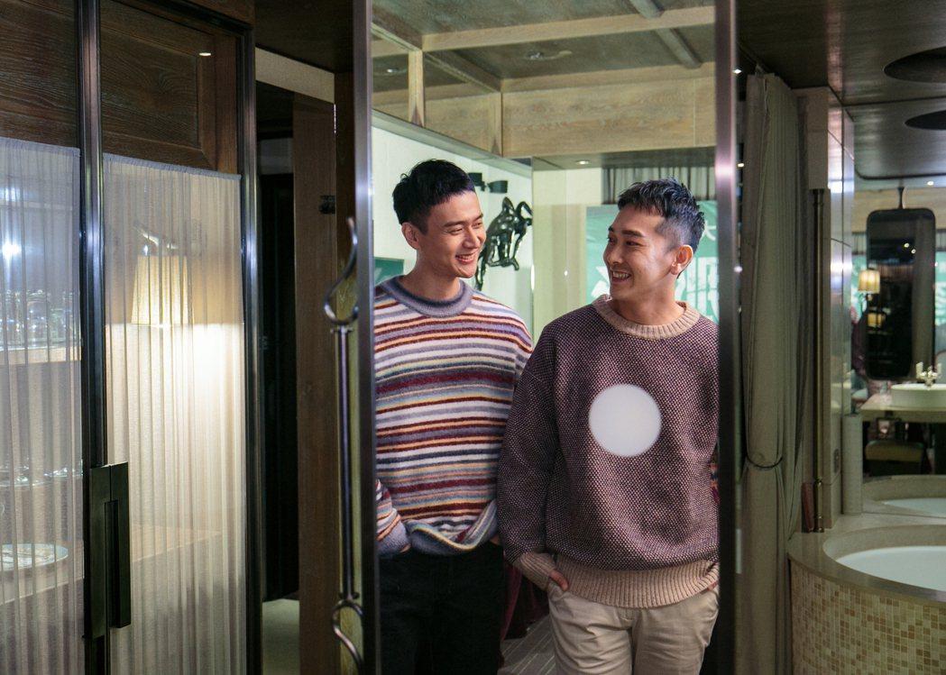 劉冠廷(左)、施名帥(右)在「同學麥娜絲」飾演認識多年的高中同學。記者曾原信/攝