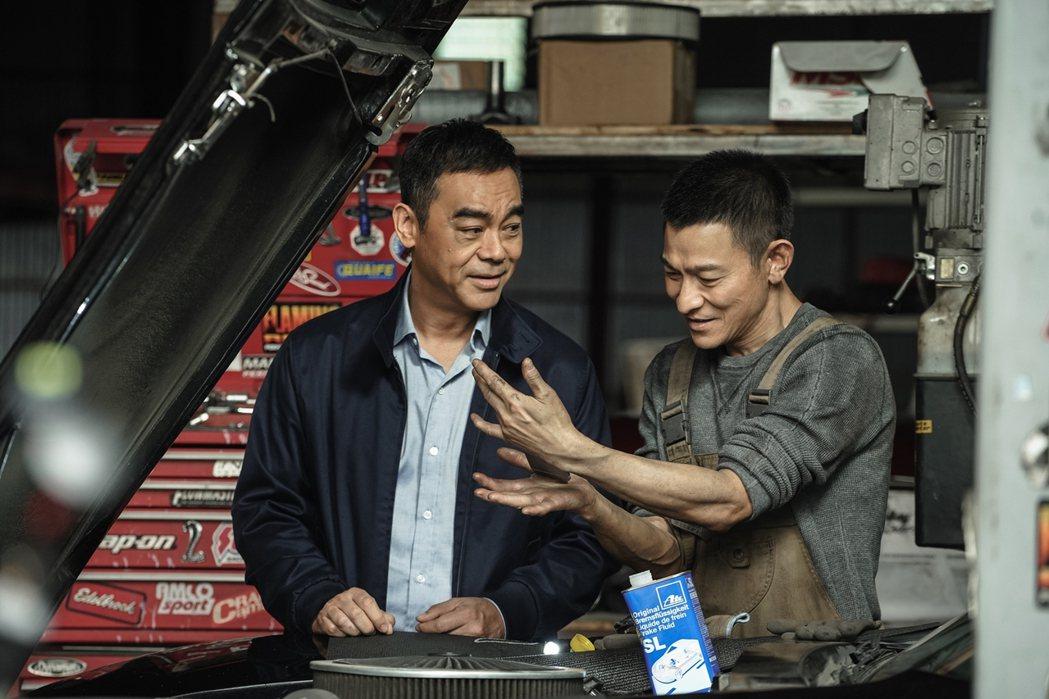 「拆彈專家2」將於12月24日於全台上映。圖/華映提供