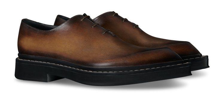 Berluti Hoxton棕色皮鞋,60,000元。圖/Berluti提供