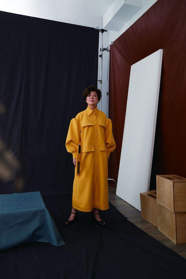 服裝 by Fendi。 圖/Talter Taiwan提供