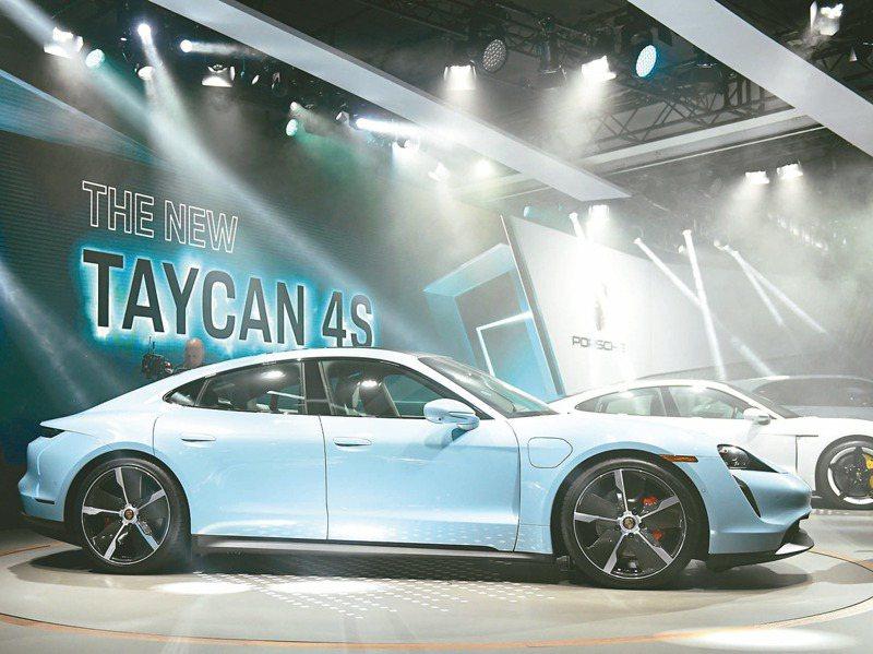 保時捷電動車Taycan將於年底前在台上市,目前累計接單將破千輛。路透