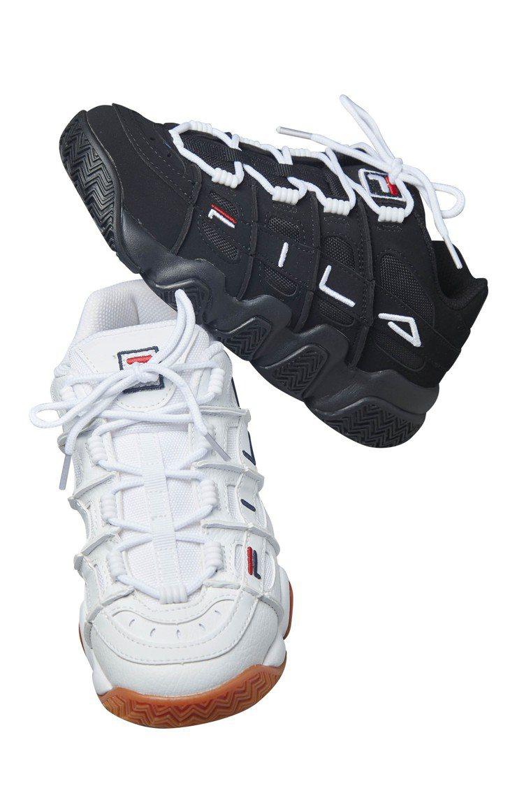 FILA老爹鞋原價2480元,特價1488元。圖/華泰名品城提供
