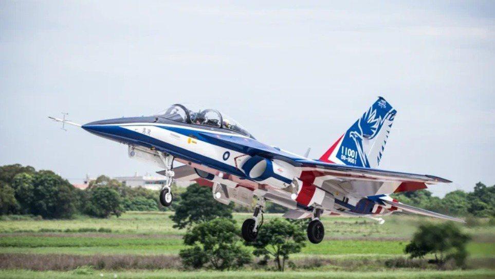 全力配合國機國造推動,「勇鷹」高級教練機由漢翔負責研發,3月2日將展出研製過程運...