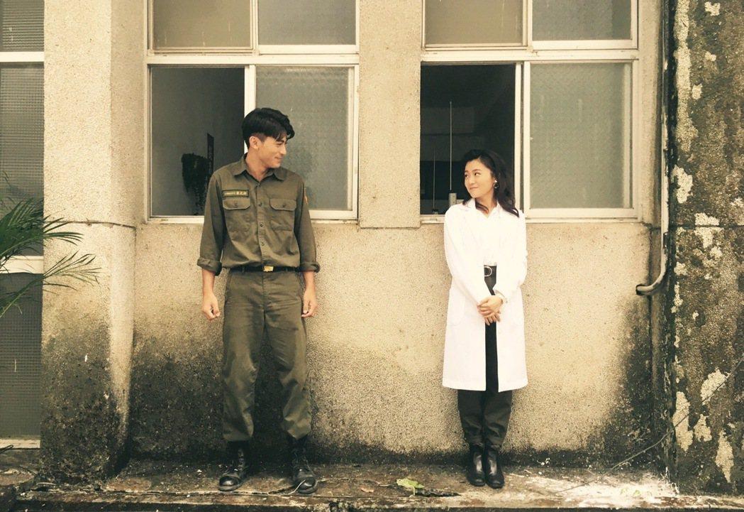 徐愷(左)與楊小黎合作「媽!我阿榮啦」。圖/公視提供
