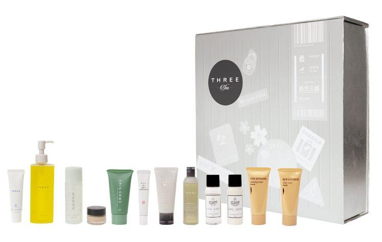 THREE 全方位植萃登機箱,含肌能潔膚油、平衡UV防護乳R、KANEBO DE...