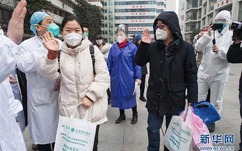中國疾控中心流行病學前首席科學家曾光認為,今冬明春這個階段的防控對大陸來說更加艱...