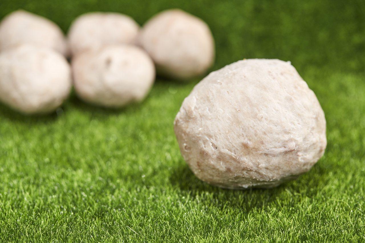 貢丸儼然成為新竹最具代表性的小吃之一。 圖/王駿杰
