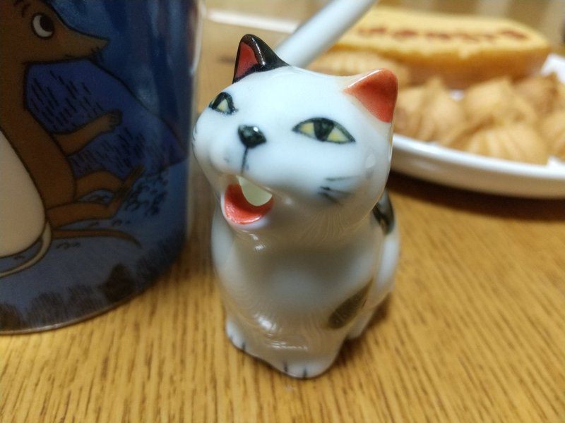 日本一位網友有個貓咪造型的奶精瓶,外表看上去十分可愛。圖擷取自twitter