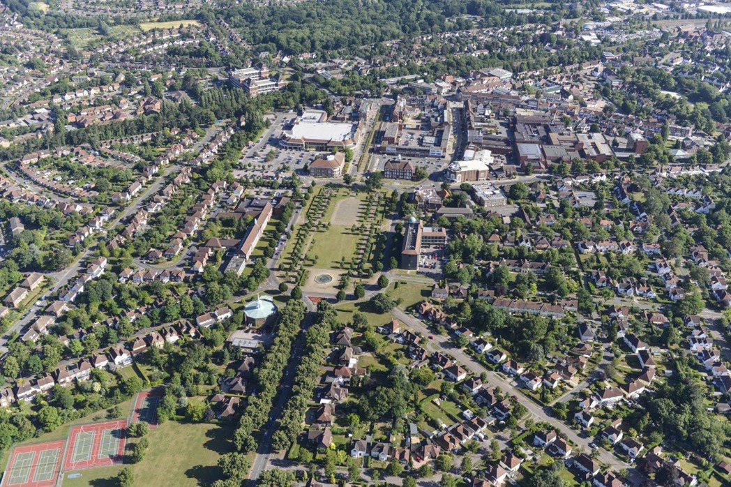 萊奇沃思田園城市是世界第一座田園城市和新市鎮,對後來城市規劃之發展起了重大影響。...
