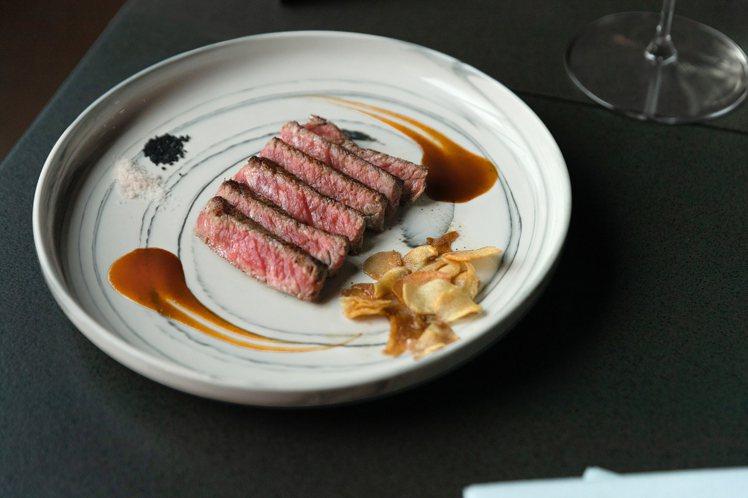 Prime特選沙朗牛排。圖/犇提供
