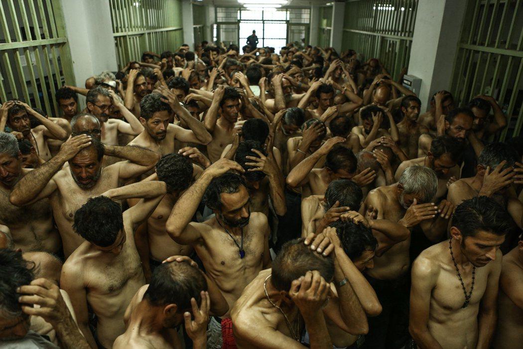 《緝毒風暴》650萬人毒品成癮,吸毒犯被拘留於看守所。捷傑提供