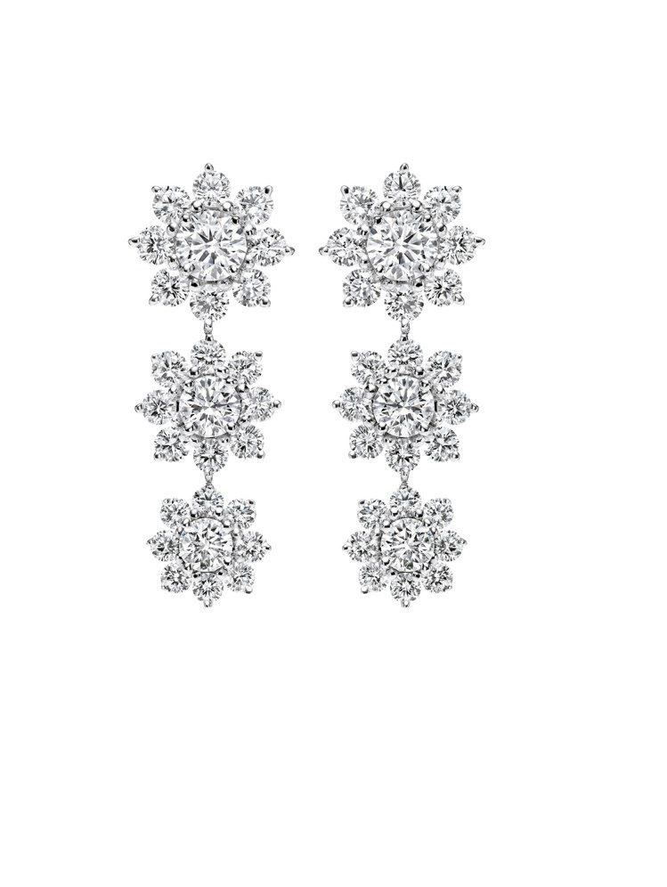海瑞溫斯頓Sunflower系列鑽石耳環。 / Harry Winston提供。