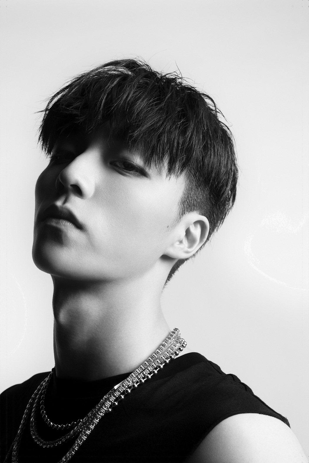 陳立農20歲青春節點推出新單曲「BEST造就王者」。圖/環球音樂提供