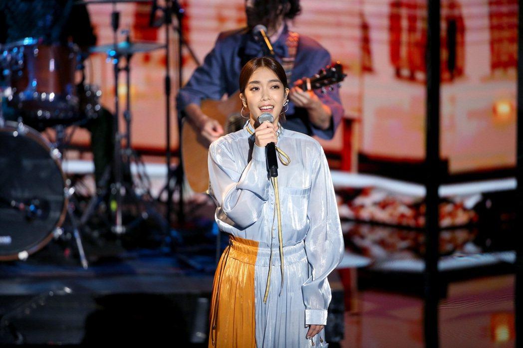 第57屆金馬獎頒獎典禮在國父紀念館舉行,李霈瑜與瘦瘦英雄演唱入圍最佳原創電影歌曲...