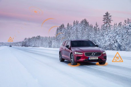 Volvo於新年式車款推出雲端車輛警示 開啟未來車輛互聯大門