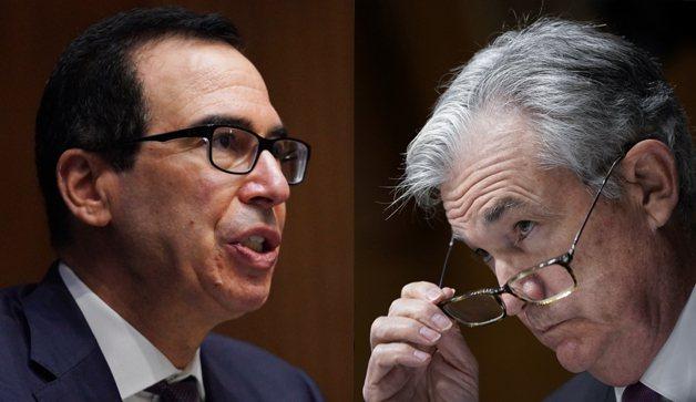 美國財長米努勤(左)、聯準會主席鮑爾(右)。圖/路透、美聯社