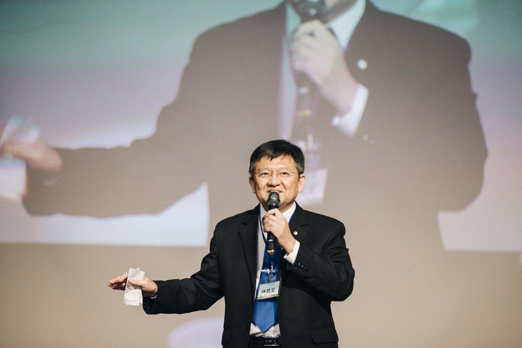 體育署林哲宏副署長表示,體育署結合107年開始推動的企業聘用運動指導員計畫,至今...