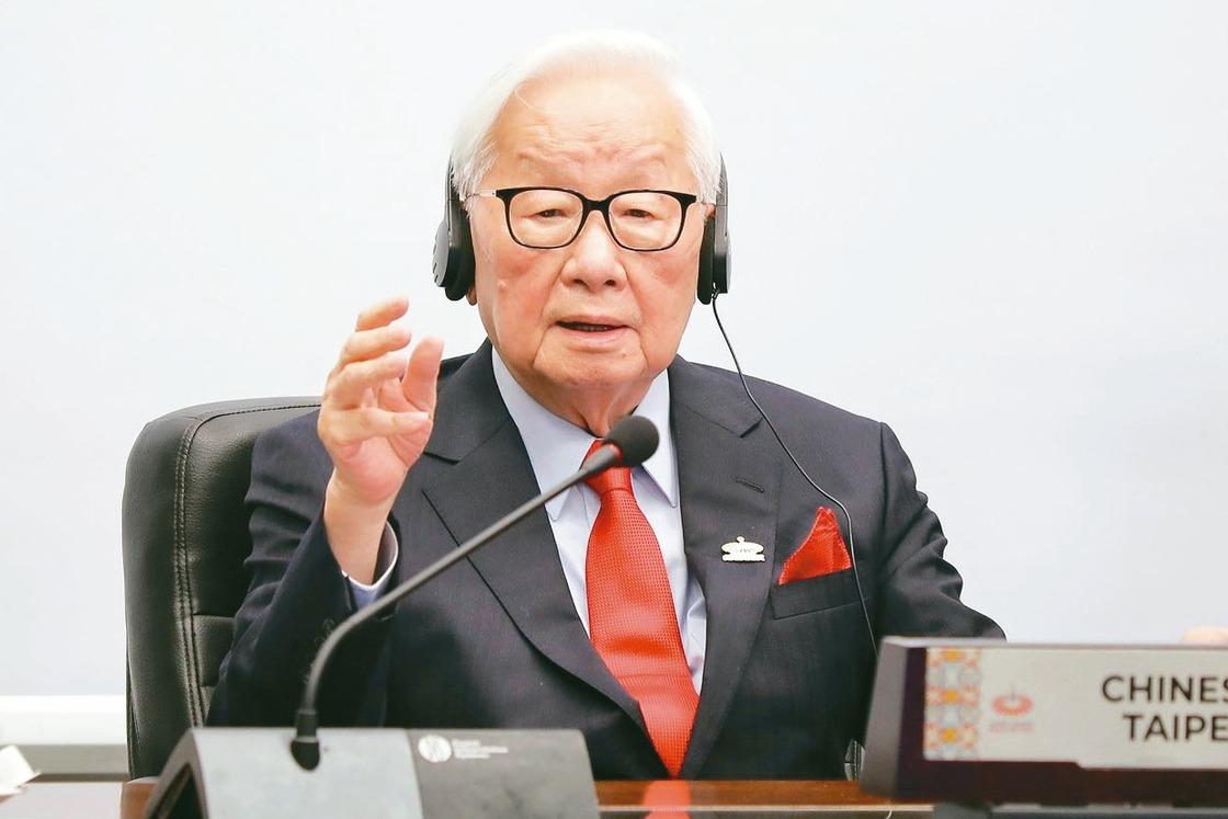 張忠謀APEC同框川習 談後疫情台灣願分享成功經驗