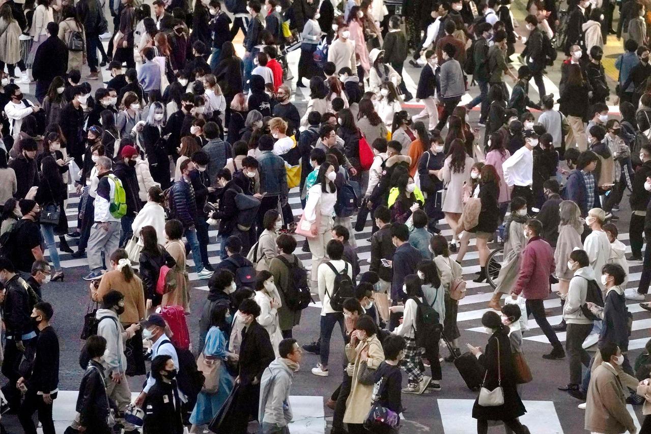 日本疫情難遏 單日新增2560例連4天創新高
