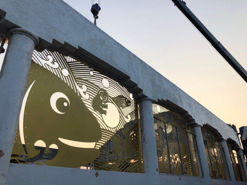 台南市中西區舊魚市場目前正在進行裝置藝術的施工。圖/觀旅局提供