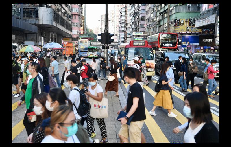 香港特區政府一直無力控制住疫情,如今新冠肺炎第四波疫情已經來襲。圖為香港旺角近日街景。中新社