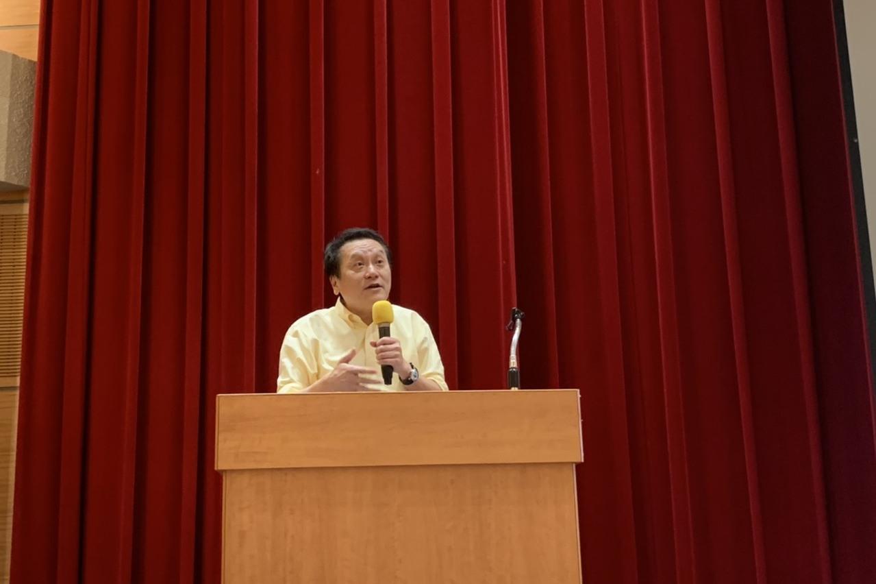 人社營20年 創辦人朱敬一給學員三建議