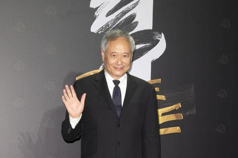 第57屆金馬頒獎典禮,金馬主席李安走星光大道。