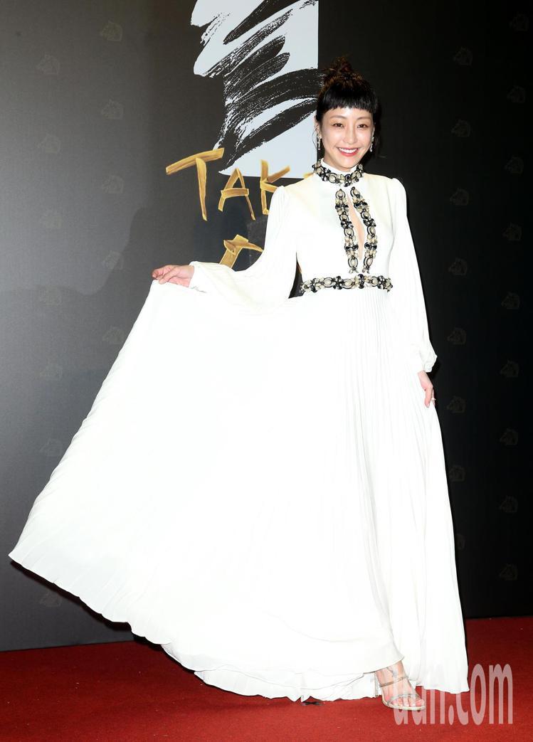 第57屆金馬頒獎典禮,謝欣穎走星光大道。記者陳立凱/攝影