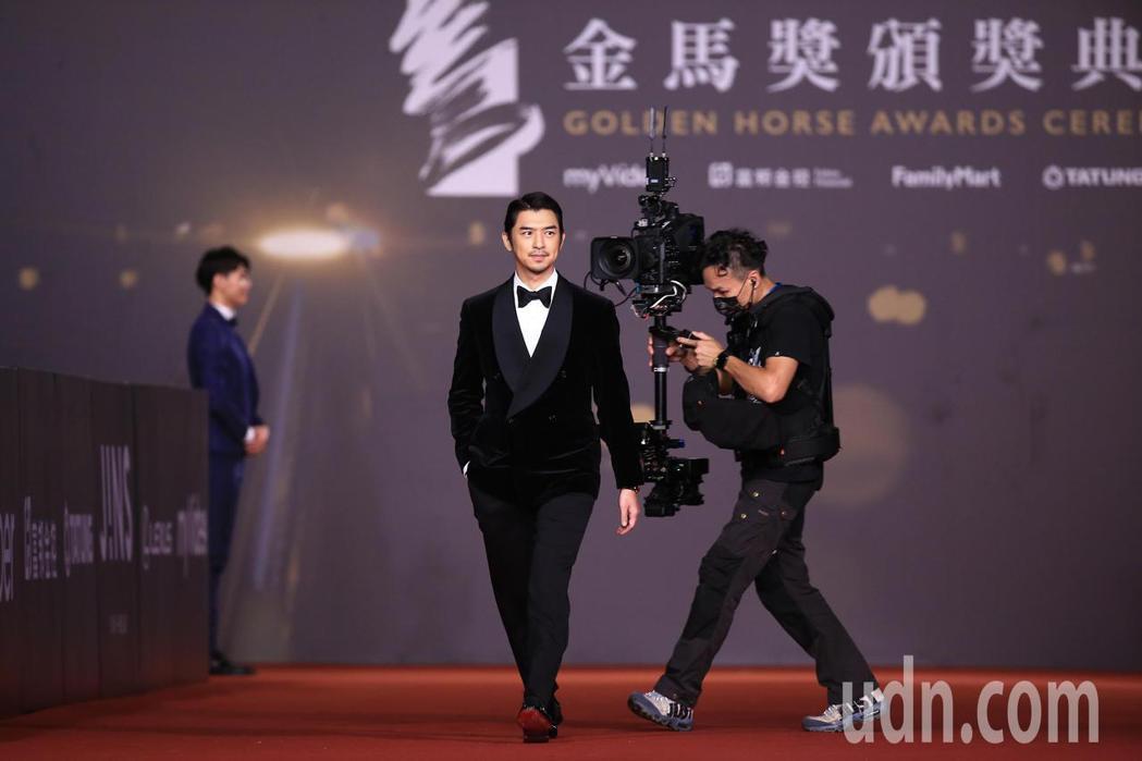 第57屆金馬頒獎典禮,陳柏霖走星光大道。記者林伯東/攝影