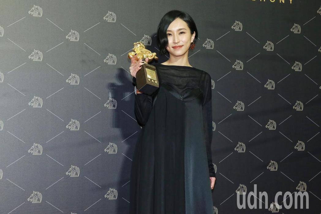 第57屆金馬獎頒獎典禮在國父紀念館舉行,最佳原創電影音樂由《親愛的房客》法蘭獲得