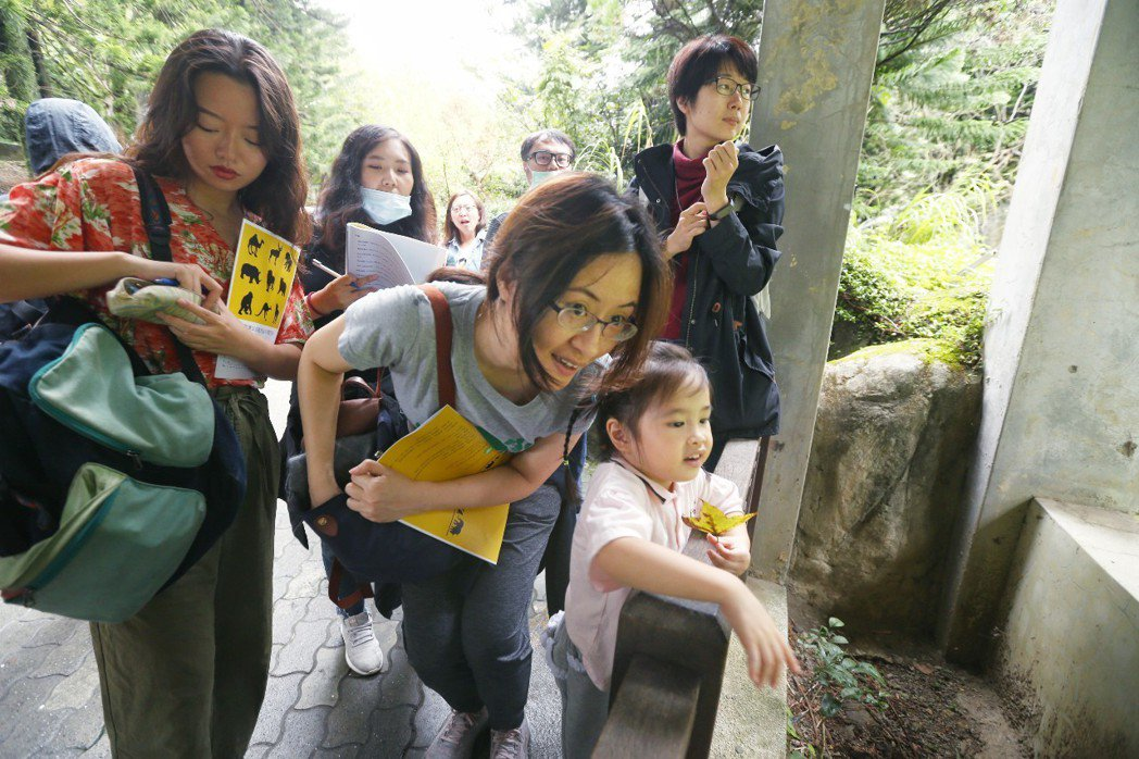 不少參與學員說上次到動物園參觀是國小,這次透過評鑑活動,從「好可愛」心態轉換成動...