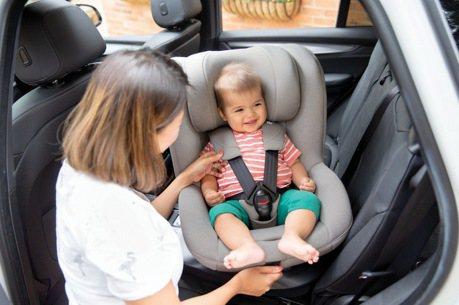 幼兒乘車「反向」了嗎? Joie i-Spin 360汽車安全座椅守護安全