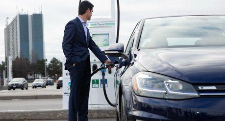 加拿大魁北克正式宣布 2035年起禁止銷售燃油車