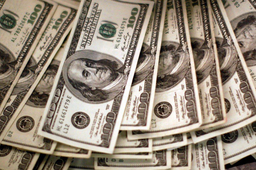 買美元保單 專家提醒留意招攬糾紛