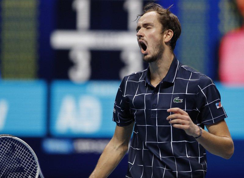 梅德維夫(圖)擊敗「西班牙蠻牛」納達爾打進ATP年終賽。 新華社