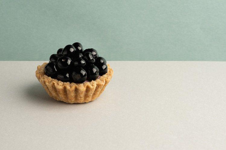藍莓黑醋栗塔。圖/TART TAIPEI提供。