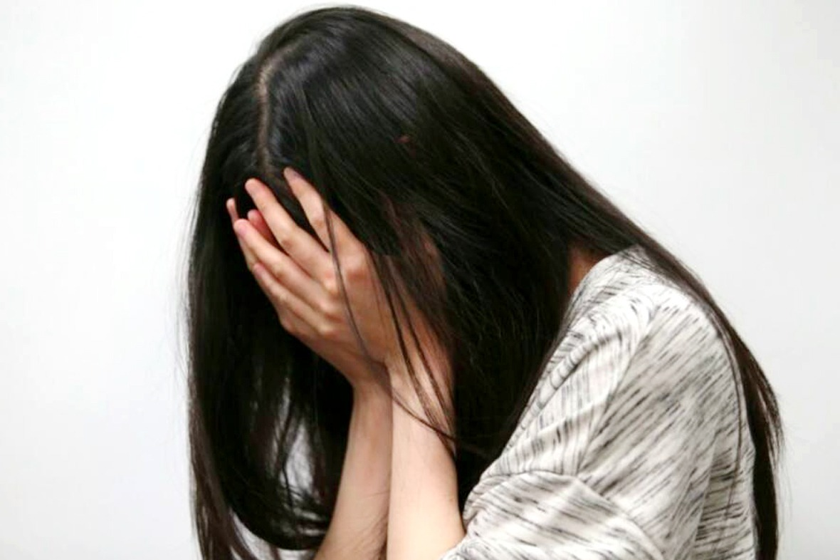 愛上26歲小資女離家同居 小男友父提告和誘檢不起訴
