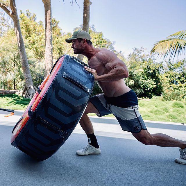 克里斯漢斯沃愛發布自己健身鍛練的畫面。圖/摘自Instagram