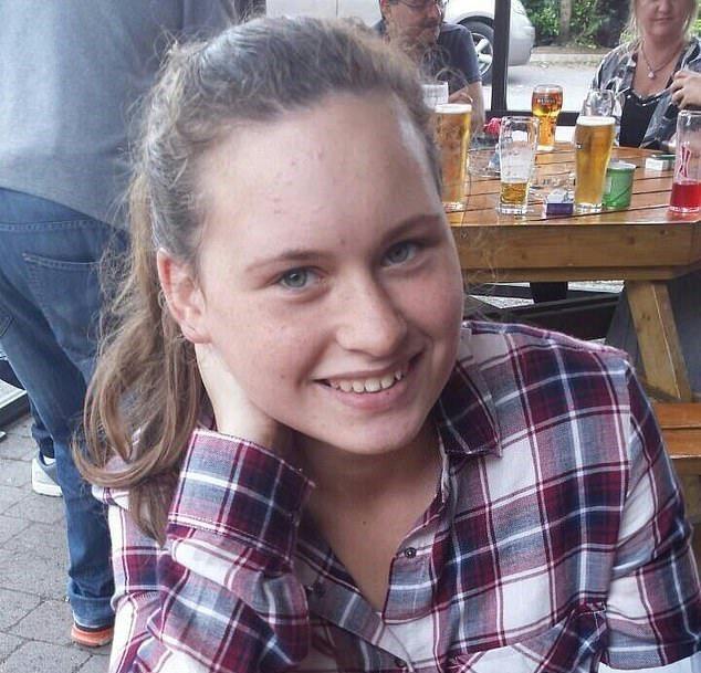 愛爾蘭21歲女子受繼母長達10年的身體及精神虐待。終於在上周送繼母入獄服刑2年。圖/取自dailymail