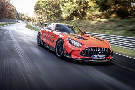 影/登上紐柏林最速寶座!Mercedes-AMG GT Black Series破了大牛和911紀錄