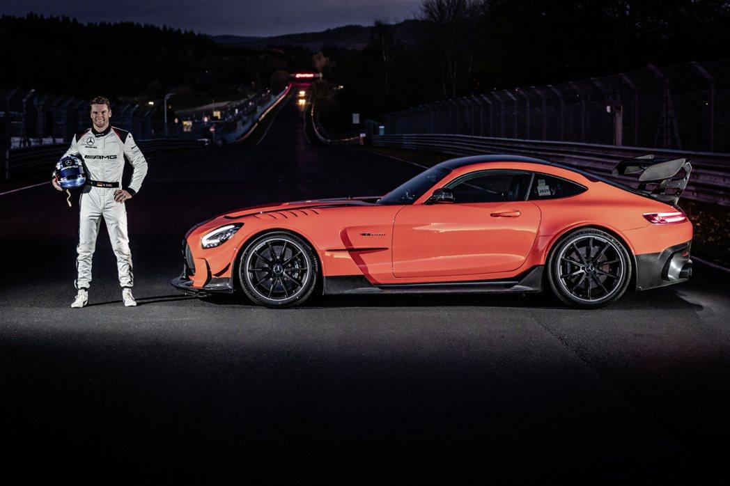 Maro Engel表示AMG GT Black Series比自己的GT3賽車...