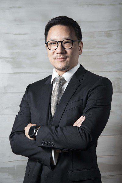 嘉新企業團董事長張剛綸。圖片/嘉泥提供